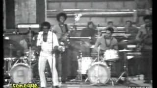 JAMES BROWN  - Sunny (2/3) - Live Palasport, Bologna Italy April 1971