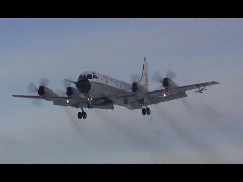 Lockheed WP-3D Orion Landing