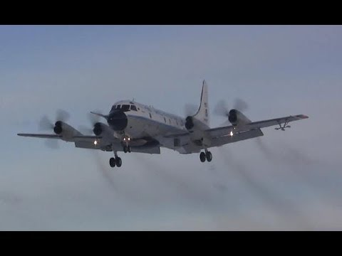 Lockheed WP-3D Orion Landing