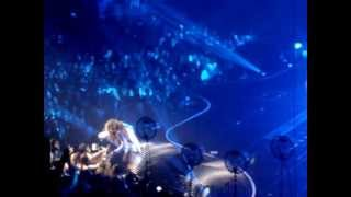 Beyonce Mrs Carter Tour Live at The 02 Arena London - I Will Always Love You/Halo