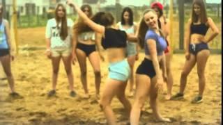 Танцующие попки !!!!!! кастинг на дом 2 ;)