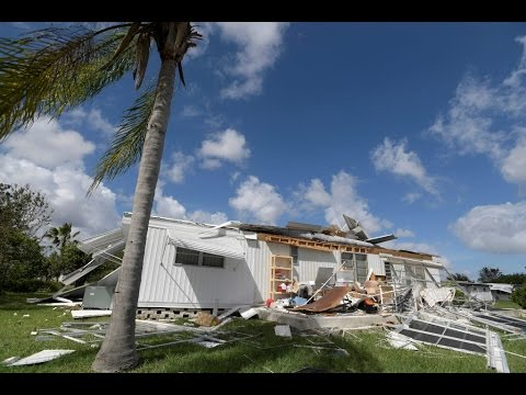 In Florida, cleanup begins after Hurricane Matthew