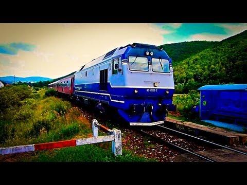 GM Express passing honking nice through Negreni h. station (07 07 2013)