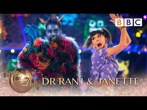 Dr Ranj Singh and Janette Manrara Jive to 'Monster Mash' by Bobby Pickett - BBC Strictly 2018