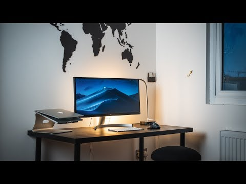 Minimal and Affordable Desk Setup for Productive Students