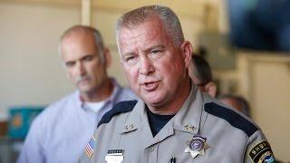 Oregon governor holds news conference on mass shooting