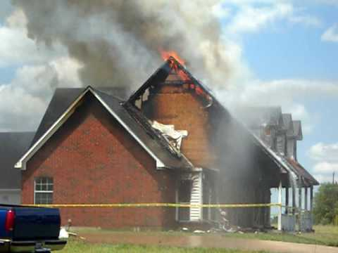 Forney abandoned house fire