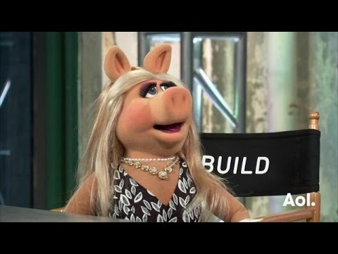 Miss Piggy on the Muppets. | AOL BUILD