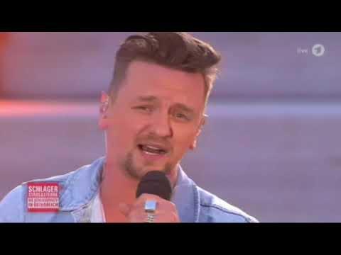 Ben Zucker - Der Sonne entgegen (Die Schlossparty in Österreich2-6-2018)