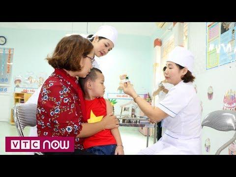 Báo Doanh Nghiệp: Tiêm vắc-xin sởi: Không bao giờ là quá muộn