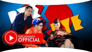 Gambar cover Zaskia Gotik - Bye Bye Lagi (Official Music Video NAGASWARA) #music
