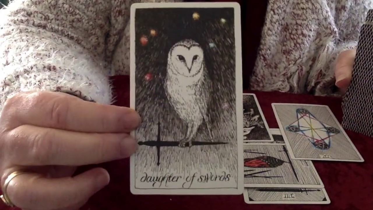 TAROT READING: Russia & Obamacare
