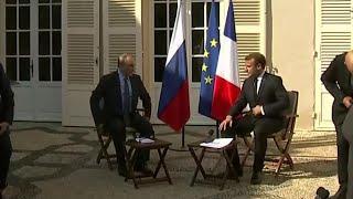 Во Франции завершились переговоры Владимира Путина и Эммануэля Макрона.