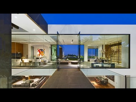 Los Angeles Luxury Real Estate - Bird Streets Sprawling View Estate