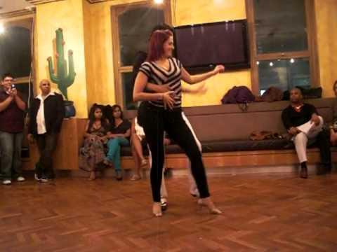 BEST Bachata Moderna dance - Juan Ruiz and Samantha from Bachateros