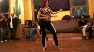Видео: BEST Bachata Moderna dance - Juan Ruiz and Samantha from Bachateros