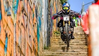 Urban Mountain Bike Racing In the Streets of Valparaíso