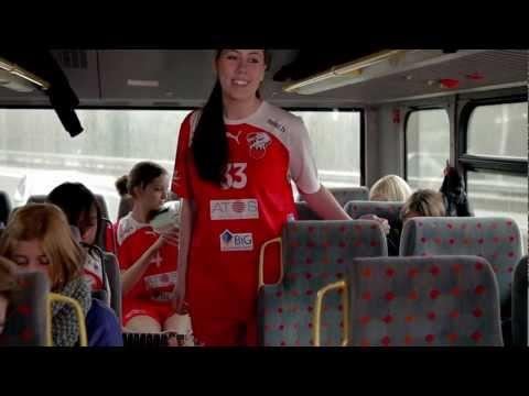 """21 Stunden"" Handball Trailer der Ketscher Bären from YouTube · Duration:  3 minutes 16 seconds"