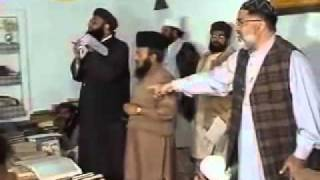 vuclip Wahabi Escapes from Munazra with Mufti Ashraf Asif Jalali