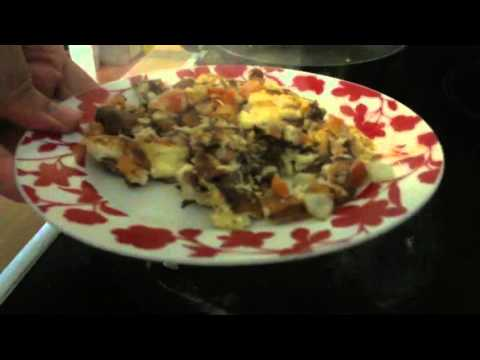 RELAXING COOKING AN EGG SCRAMBLED OMELETTE SOUNDS FOR HOUR (BY A MAN NOT WOMEN)