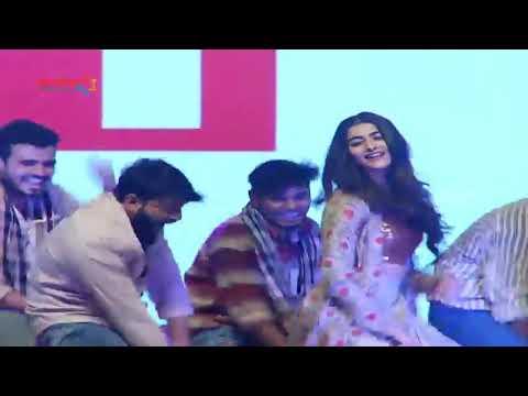 Jigelu Raani Pooja Hedge Rangasthalam Status JaniMaster Step