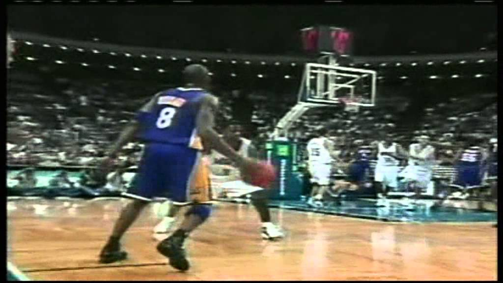 9ed482377337 Kobe Bryant posterized Dwight Howard - YouTube