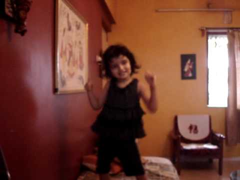 Peehoo Dancing To The Tune Of Ma Da Ladla Bigad Gaya