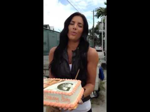 Gaby Espino Agradece A Sus Fans En Su Cumpleaños !*