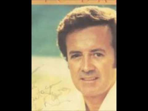 Vic Damone - Smoke Gets In Your Eyes