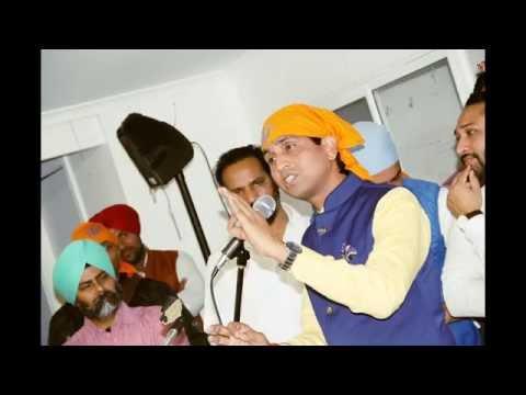 Dr  Kumar Vishwas @ Sikh Temple Parlkea Sydney