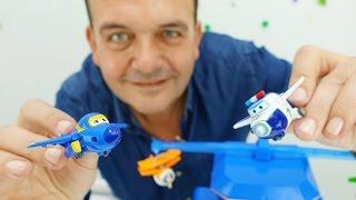 Los aviones Súper Wings. Pol y sus amigos. Videos de juguetes