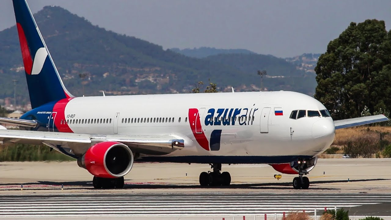 Azur air b767 vq bup take off barcelona airport youtube for Air azur carrelage