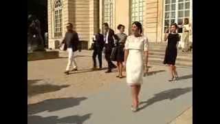 Неделя моды в Париже: очарование от Christian Dior (новости)(http://www.ntdtv.ru Неделя моды в Париже: очарование от Christian Dior. На Неделе моды в Париже свою коллекцию представил..., 2013-09-30T11:22:23.000Z)