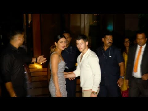 Priyanka Chopra & Boyfriend Nick Jonas Romantic Dinner Date in Mumbai