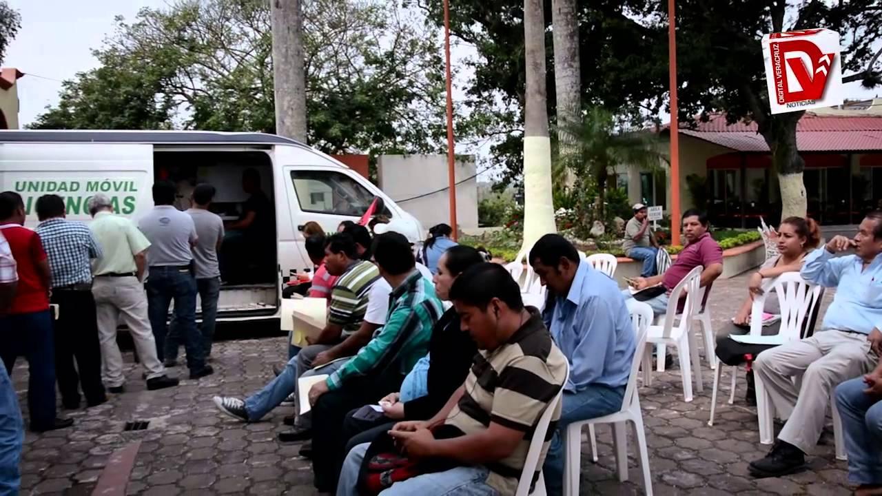Abarrotan Módulo De Licencias Tihuatlán