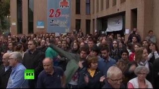 En direct de Barcelone où des électeurs auraient été blessés par des balles en caoutchouc