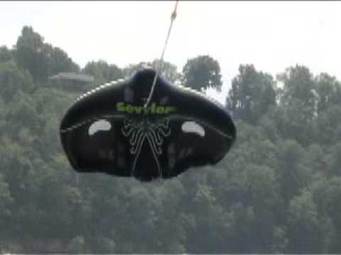 Extreme Manta Ray Flying Tube