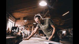 Kenosis, povestea lemnului care aduce oamenii împreună