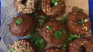 طريقة قلي الفلافل او قلي الطعمية  السخنة  How to deep fry falafel part 2