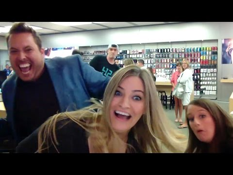Apple Store Dance! | iJustine
