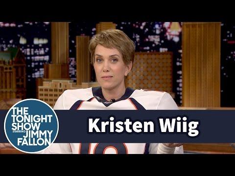 Jimmy s Peyton Manning Kristen Wiig