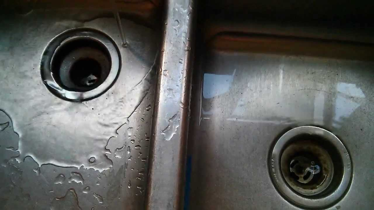180 Carl Right Side Kitchen Sink Drain Doesnu0027t Drain Vigorously As The Left  Side Sink Drain   YouTube