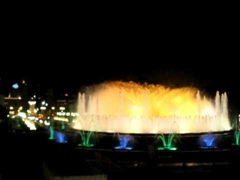 Blue Danube, Fountain Show, el Palacio Real in Barcelona