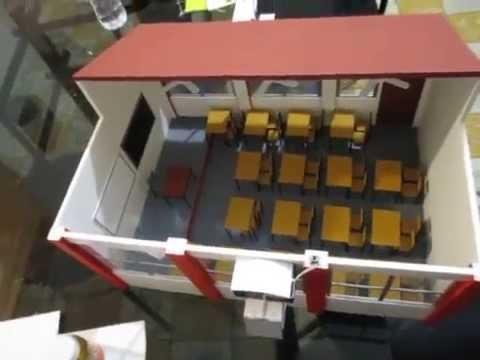 Maqueta de salon de clases esti 123 youtube for Proyecto construccion de aulas escolares