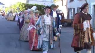 La Cour et le Roy se rendent au concert en l'église d'Autry le Châtel (Loiret)