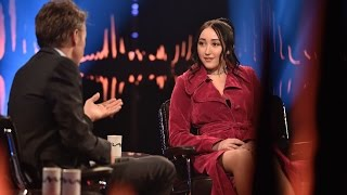 Interview with Noah Cyrus: – Miley taught me to not read comments ever | SVT/NRK/Skavlan