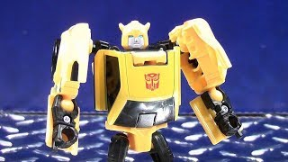 TRANSFORMERS GENERATIONS TITANS RETURN LEGENDS CLASS BUMBLEBEE VIDEO TOY REVIEW