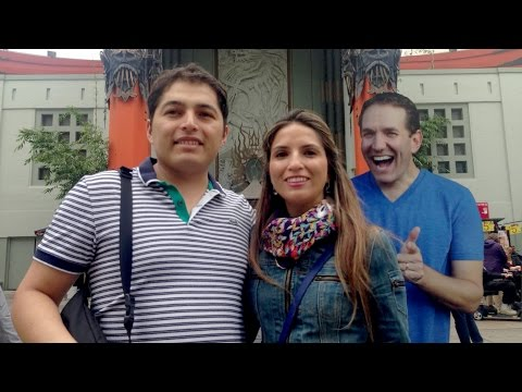 MAGIC PHOTOBOMB PRANK!