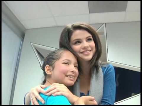 Elizabeth Cortez sings to Selena Gomez at Children