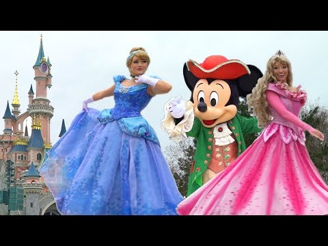 Disney Pirates & Princesses - Team Princesses - Disneyland